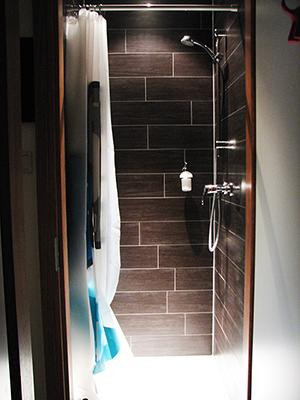 Sala Thai Wellness Shower